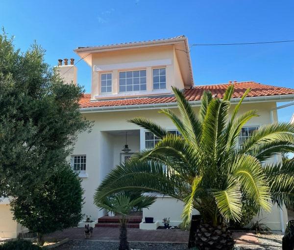 Après la rénovation de cette villa d'Arcachon par les façadiers ISO&FACE