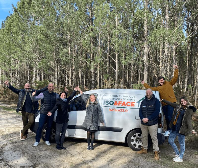Photo d'une partie de l'équipe ISO&FACE dans une forêt du Bassin d'Arcachon