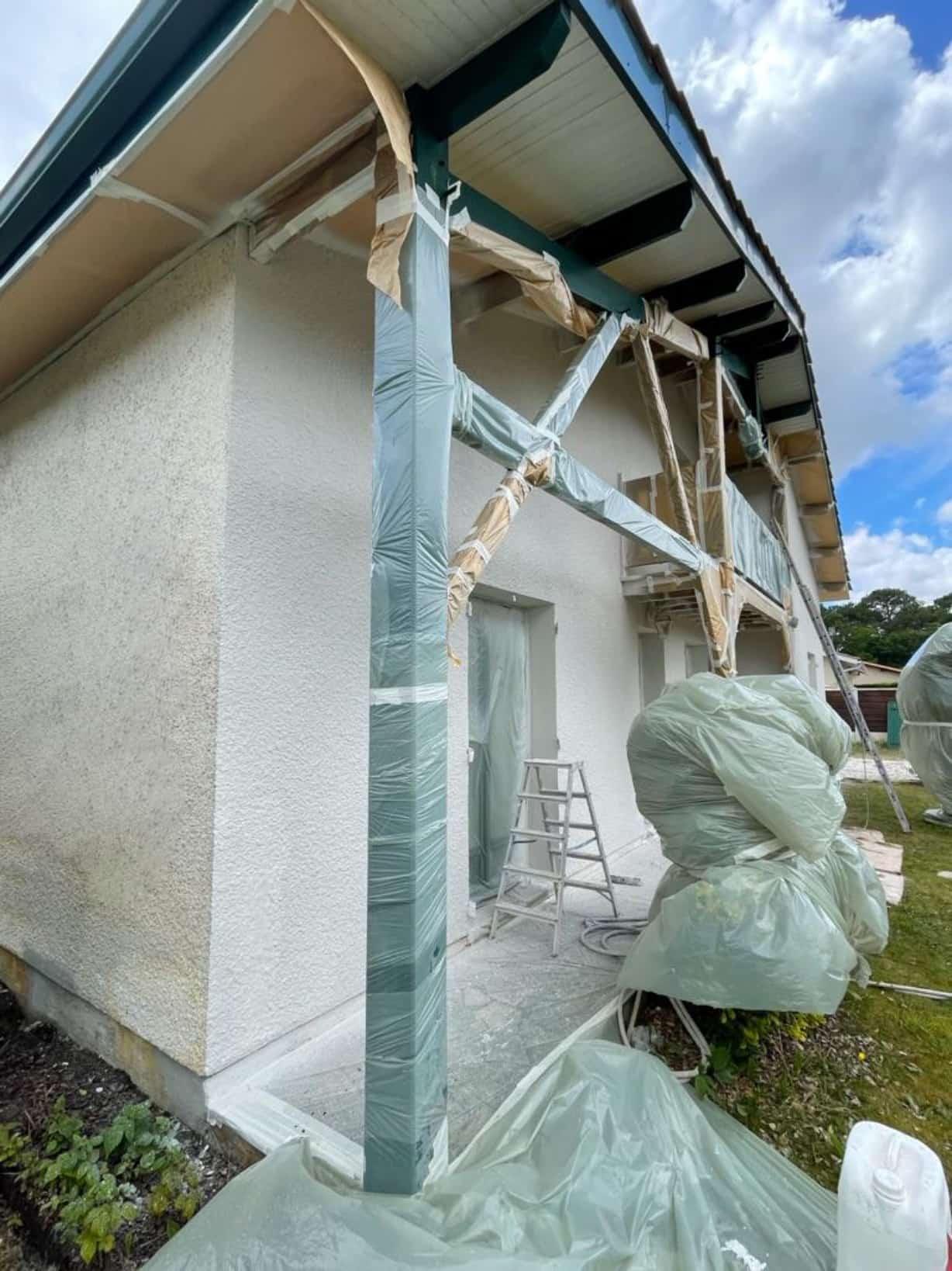 Protection des alentours de votre façade pendant les travaux à Gujan